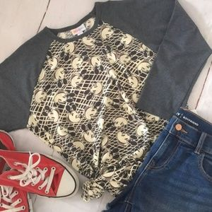 """NWOT lularoe """"the Disney collection"""" Randy top - S"""